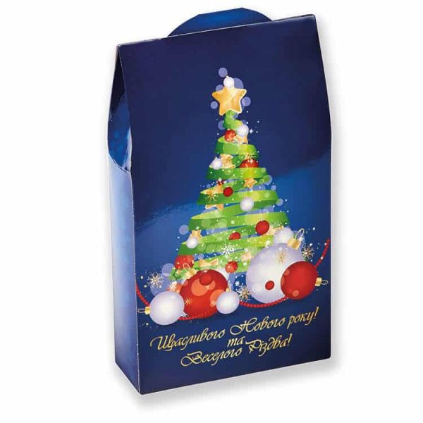 Новогодние сладости в картонной коробке